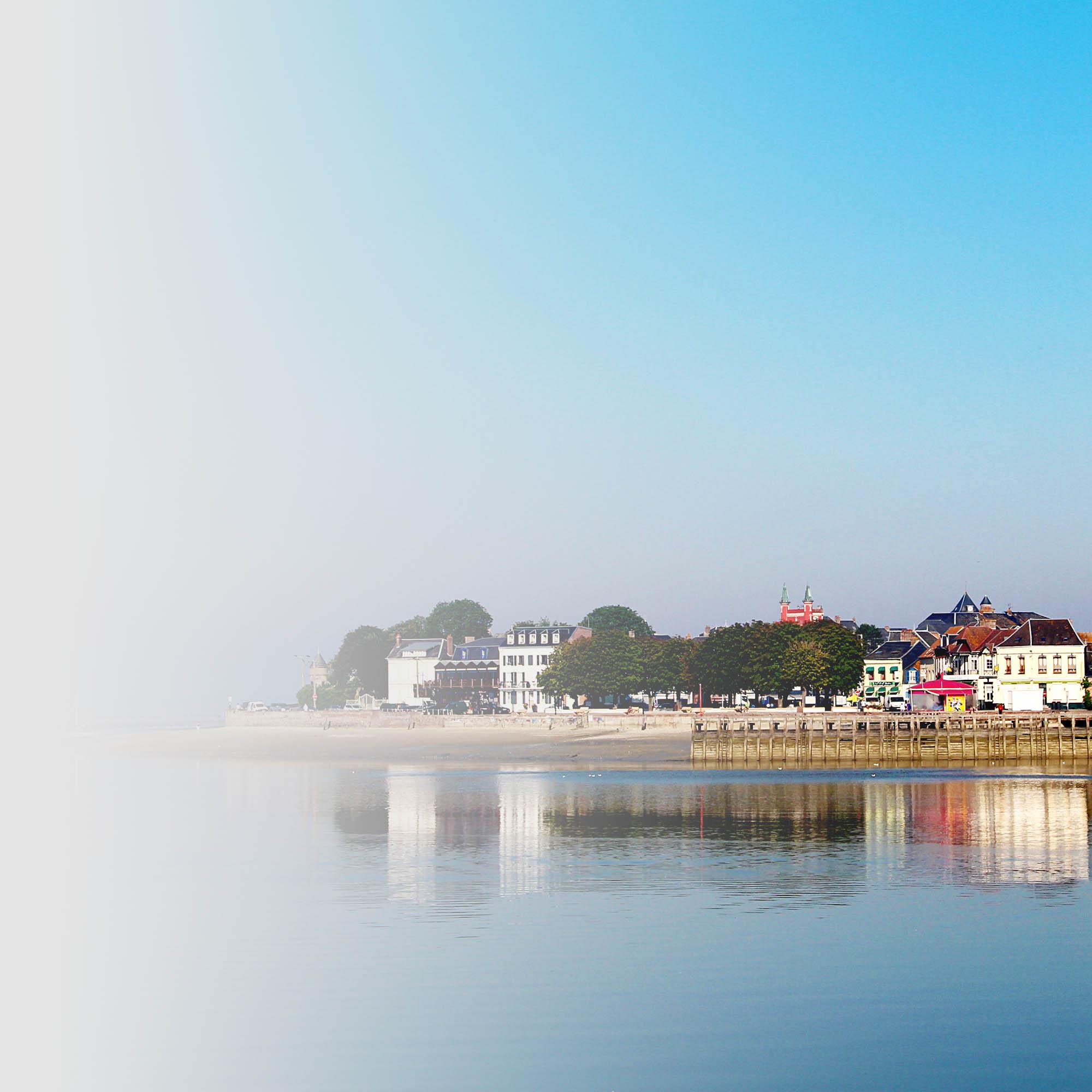 Bord de plage -Hôtel Restauarant Les Aviateurs Le Crotoy - Baie de Somme